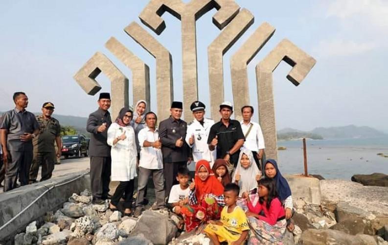 Tinjau Destinasi Wisata di Kunjir, Nanang Berpesan Agar Warga Jaga Kebersihan Lokasi Wisata