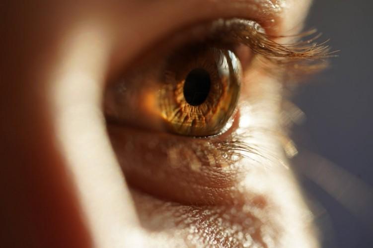 Tips Meningkatkan Ketajaman Penglihatan Rona  kesehatan mata