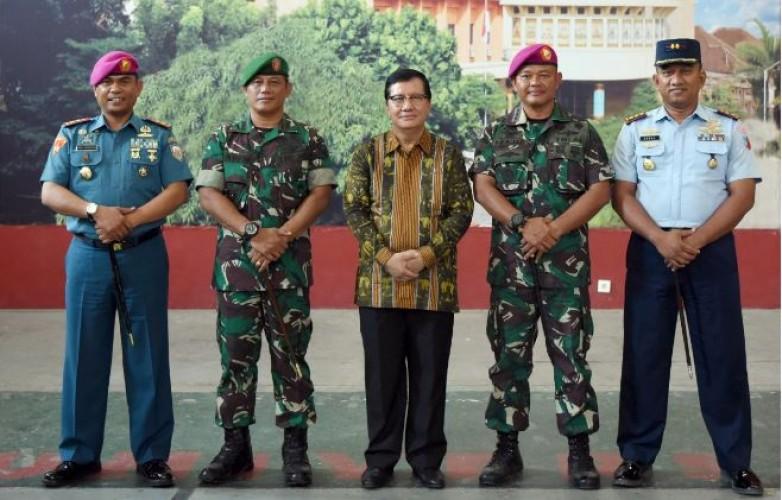 TNI Goes to Campus Apresiasi Kreativitas Mahasiswa Teknokrat