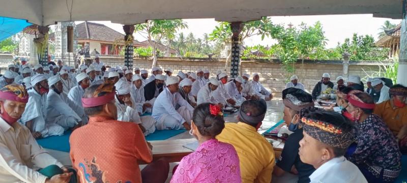 Tokoh Agama Hindu dan Adat Bali Se-Lamtim Dukung dan Doakan Zaiful Bokhari-Sudibyo