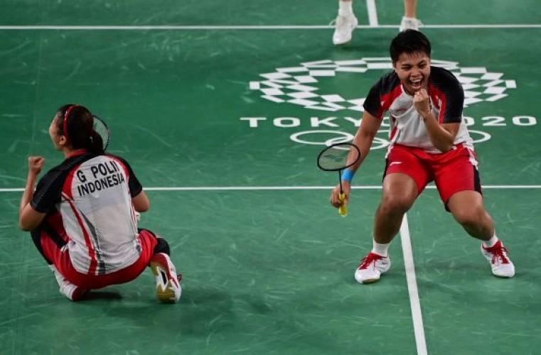 Ukir Sejarah, Greysia Pollii/Apriyani Rahayu Sabet Medali Emas Olimpiade 2020