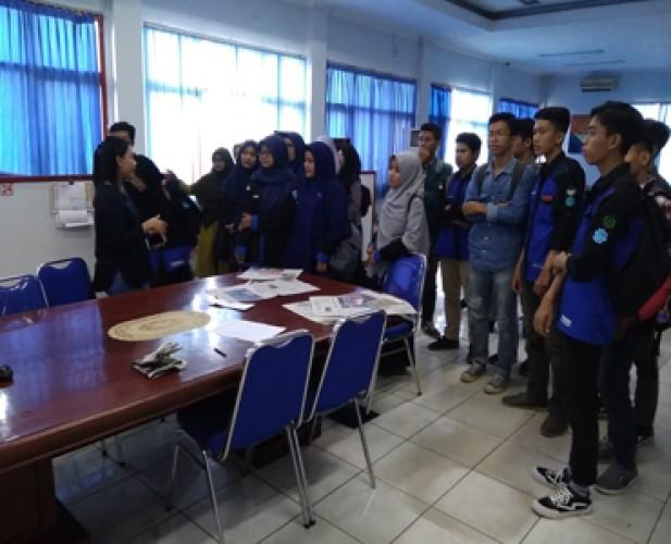 UKM FSPI FISIP Unila Belajar Jurnalistik di Lampost