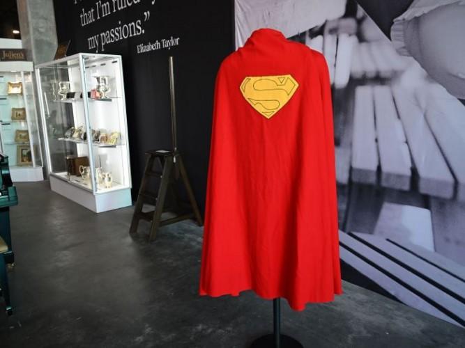 Ulang Tahun Ke-83, Superman Trending di Twitter