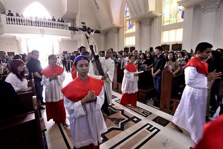 Umat Kristiani Lampung Rayakan Paskah di Rumah