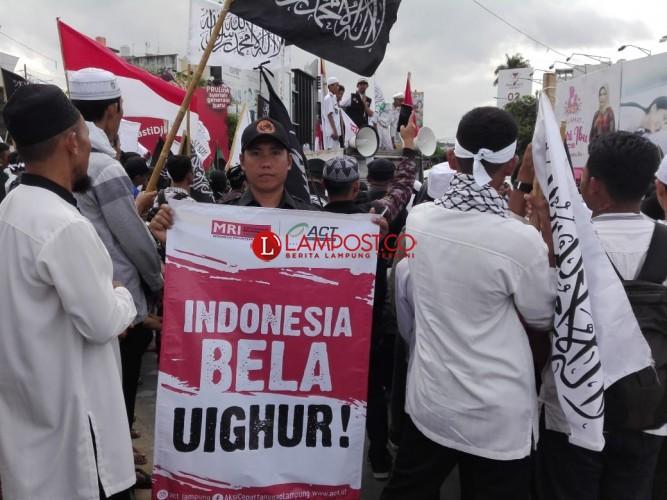 Umat Lampung Bela Muslim Uighur di Xinjiang China