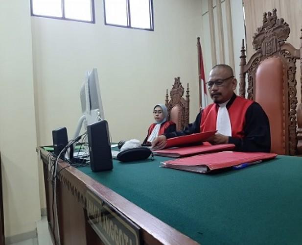 Unggah Video Syur Bersama Mantan, RA Terancam 6 Tahun Penjara