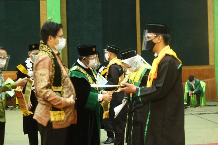 Universitas Malahayati Luluskan 591 Wisudawan