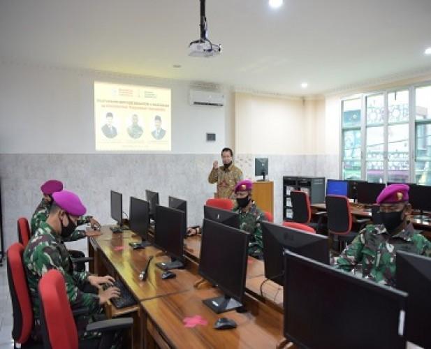Universitas Teknokrat Fasilitasi Peningkatan Literasi IT TNI dengan Lab Komputer Tercanggih