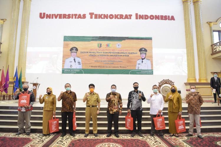 Universitas Teknokrat Siapkan Beasiswa bagi Pemenang Lomba Iptek Balitbangda Lampung