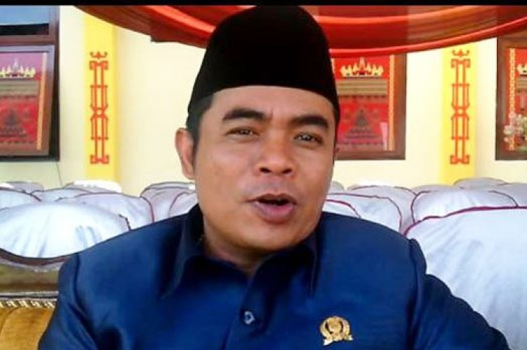 Urus APBD, Eks Ketua DPRD Lamteng Kantongi Rp65 Juta