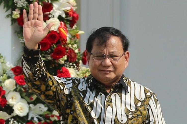 Seusai Dilantik, Prabowo Langsung Pimpin Rapat