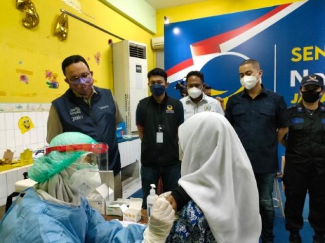 Vaksinasi Dosis Lengkap Warga Indonesia Capai 62 Juta
