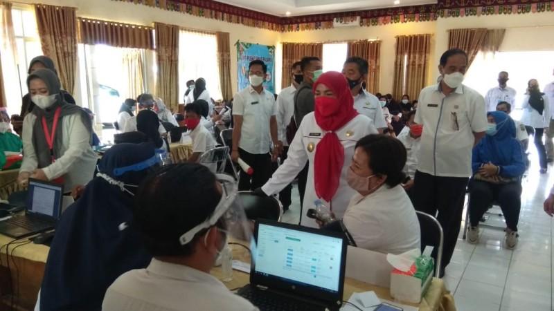 Vaksinasi Guru Dorong Bandar Lampung Masuk Zona Hijau