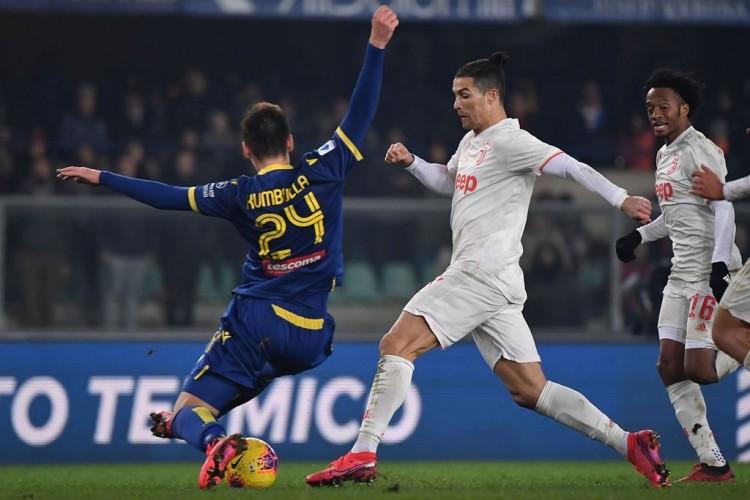 Verona Taklukkan Juventus