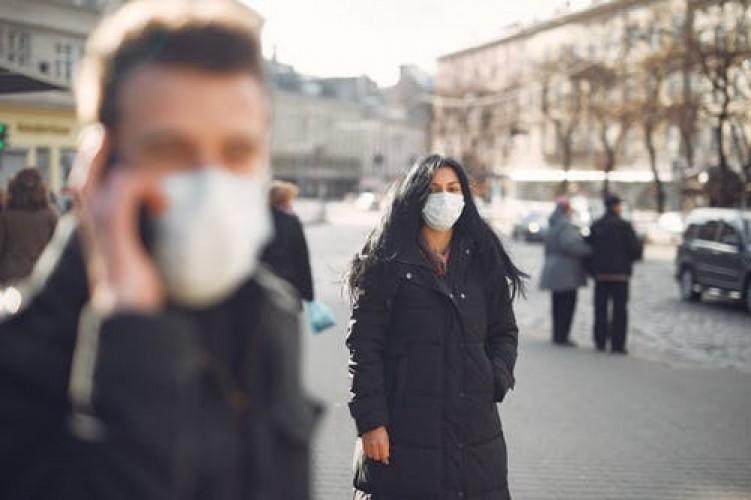 Virus Korona Tidak Mudah Menyebar dari Sentuhan