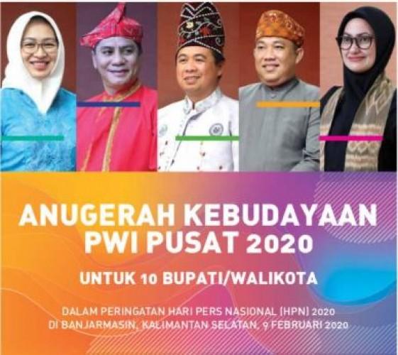 Wabub Tubaba Dampingi Umar Ahmad Terima Penghargaan Kebudayaan PWI