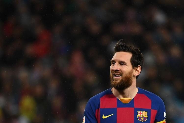 Wajar jika Barcelona Bergantung pada Messi