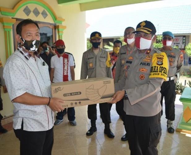 Wakapolda Lampung Bantuan Korban Puting Beliung Tulangbawang
