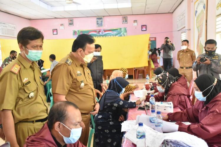 Wakil Bupati Lamtim Tinjau Vaksinasi Purbolinggo dan Minta Tambahan Distribusi