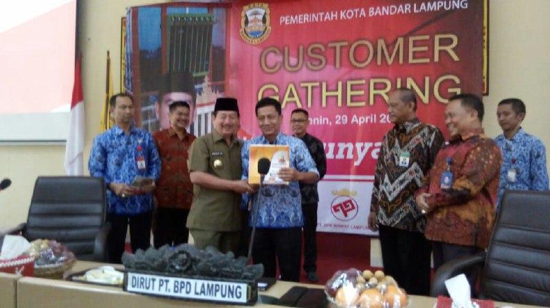 Wali Kota Herman HN Minta Bank DaerahTerus Berikan Pelayanan Maksimal