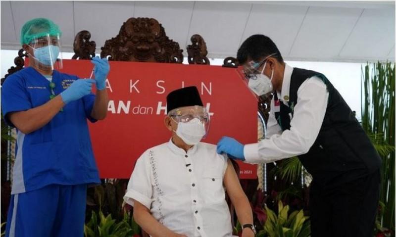 Wapres Pastikan Vaksinasi Saat Puasa Aman