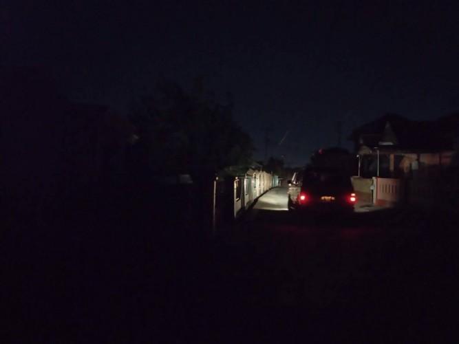 Warga Keluhkan Mati Lampu 10 Jam