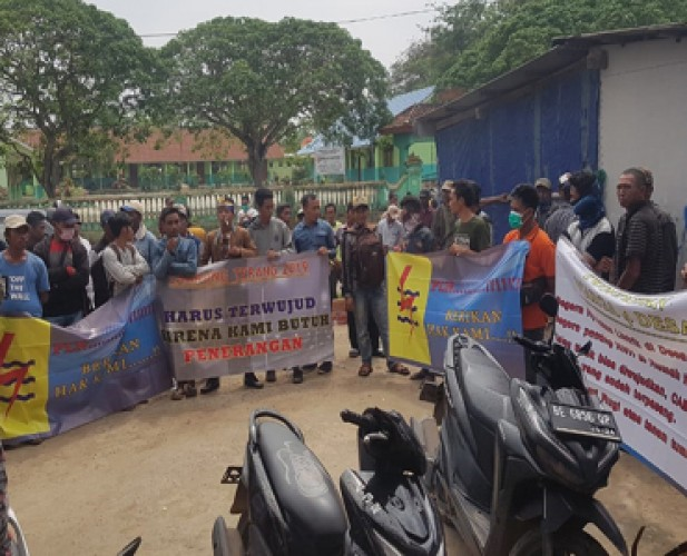 Warga 7 Desa di Mesuji Minta Kejelasan Pemasangan Listrik