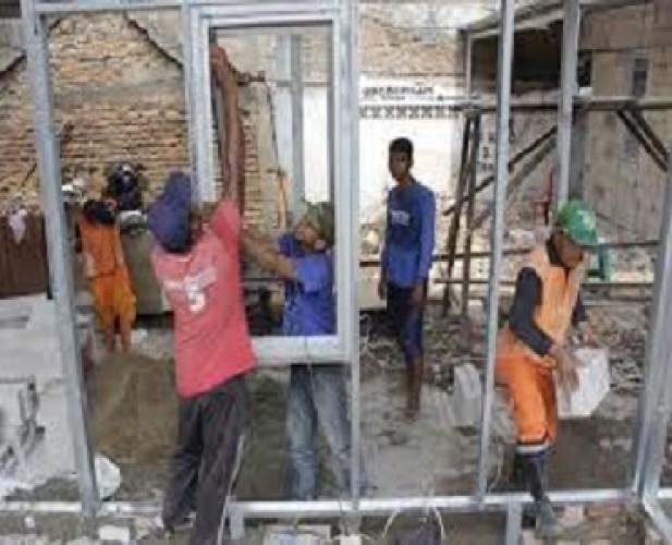 Warga 7 Pekon di Kecamatan Ngaras Dapat Bantuan Stimulan Perumahan