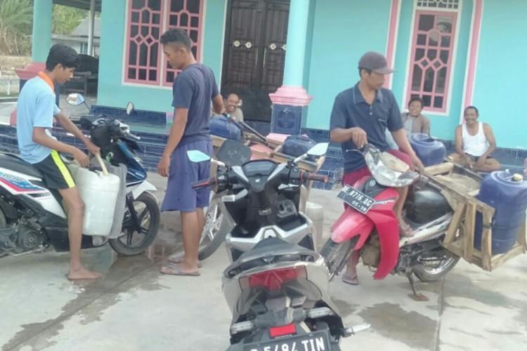 Warga Abung Surakarta Kesulitan Mendapat Air Bersih