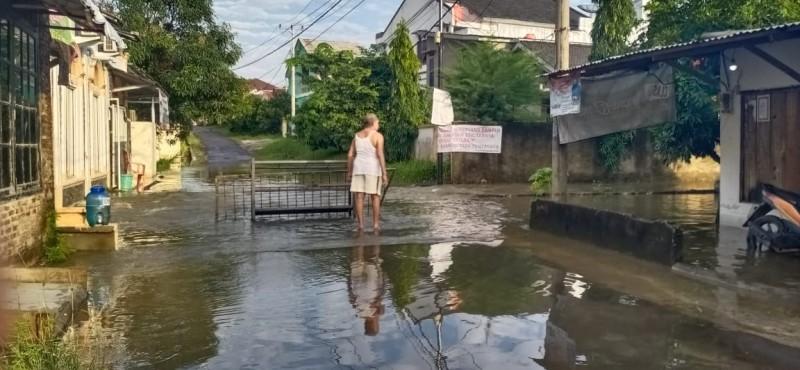 Warga Desak Pemerintah Perbaiki Gorong-Gorong di Sepangjaya