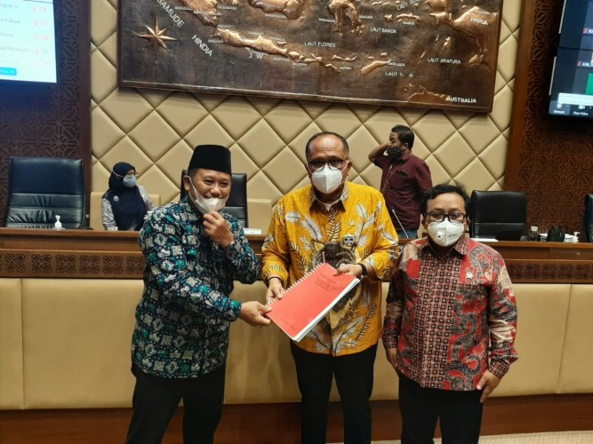 Warga Pasir Gintung dan LBH Bandar Lampung Bawa Konflik dengan KAI ke Senayan