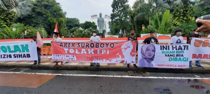Warga Surabaya Tolak Kedatangan Rizieq Shihab