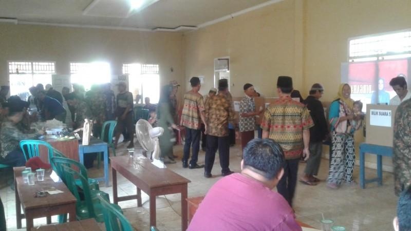 Warga Surya Mataram Antusias Mengikuti Pemilihan Kepala Desa