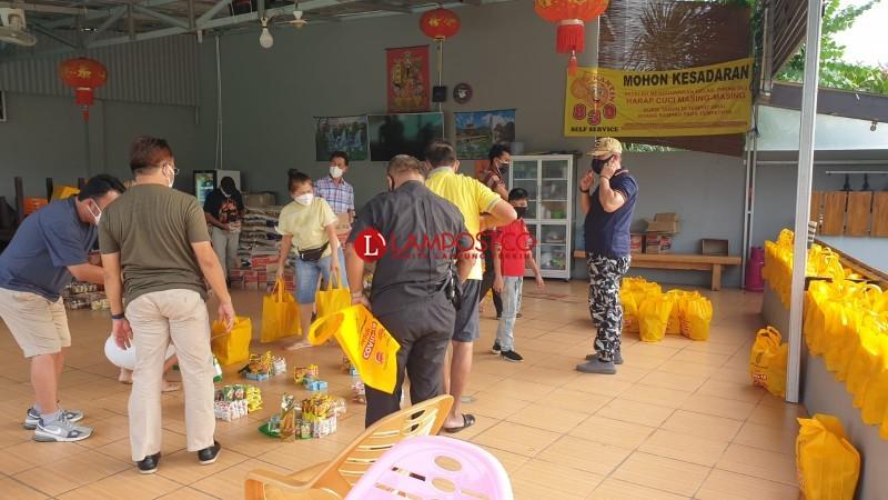 Warga Tionghoa Lampung Bantu Pasien Isoman