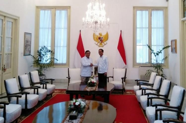 Warganet Milenial Emoh Prabowo Jadi Menteri