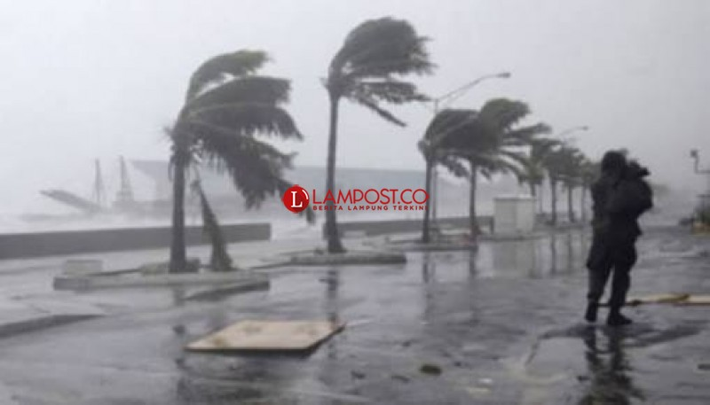 Waspadai Hujan Lebat di Lampung hingga Senin