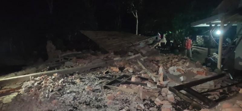 Winarti Janji Beri Bantuan Gereja Terbakar di Banjarmargo