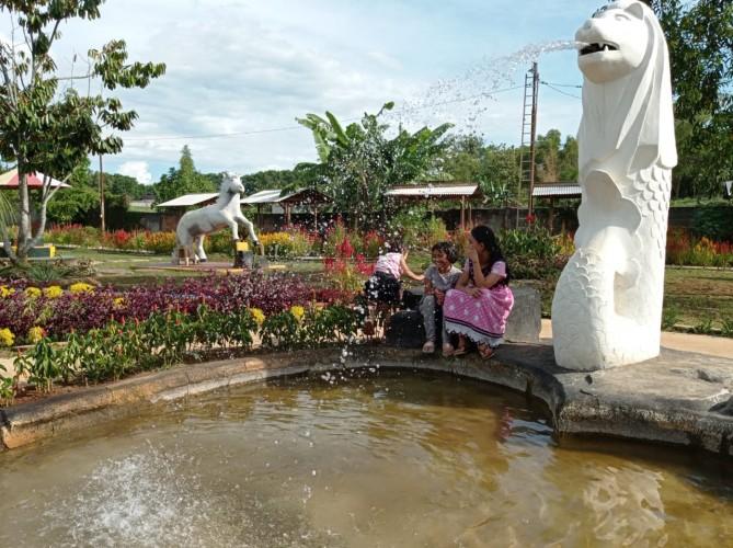 Wisata Desa Podomoro Land Jadi Pilihan Liburan Warga