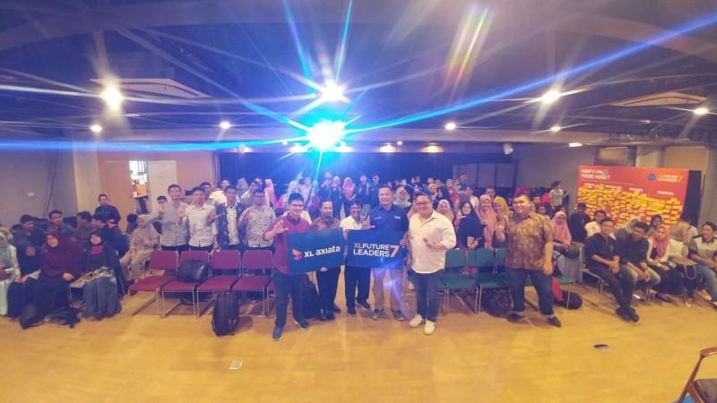 """XL Future Leaders 7 Diskusi """"Fintech"""" di Medan"""
