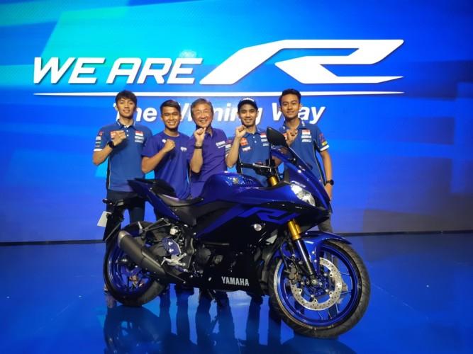 Yamaha R25 dan R3 Diluncurkan Secara Global di Indonesia
