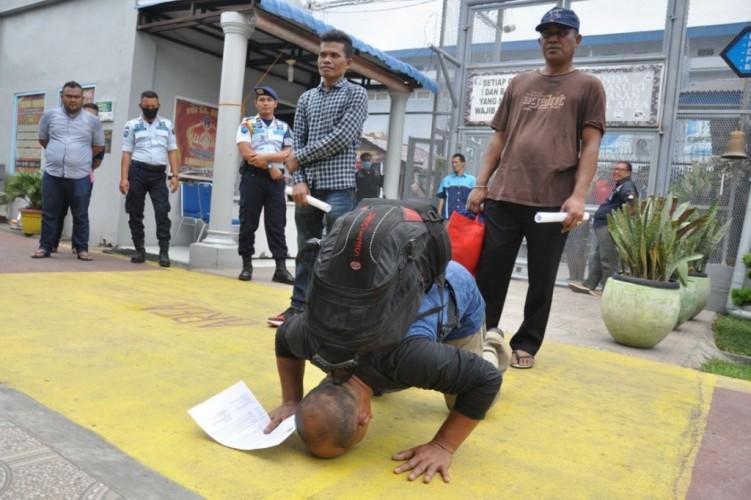 Yasonna Ancam Pecat Pelaku Pungli Pembebasan Napi