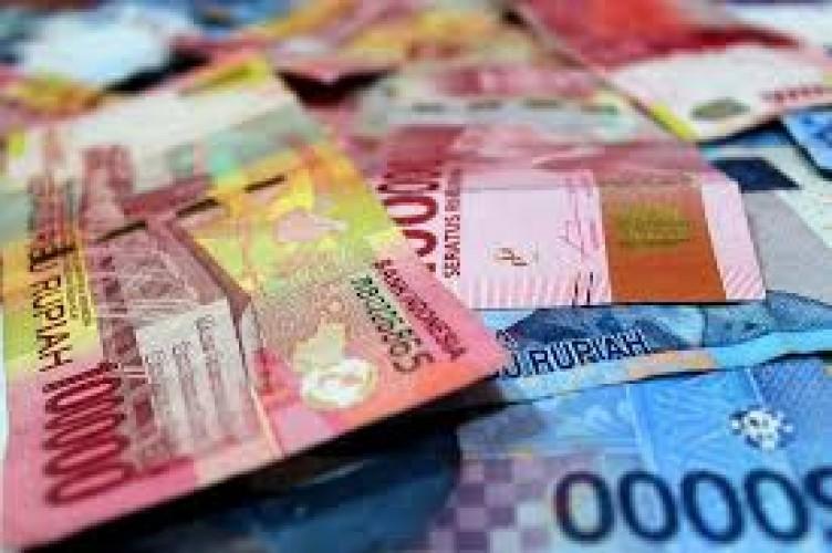 YLKI: Pengendalian Covid-19 Tersandera Kepentingan Ekonomi