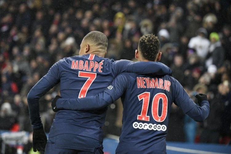 Zidane Bisa Rekrut Mbappe dan Neymar