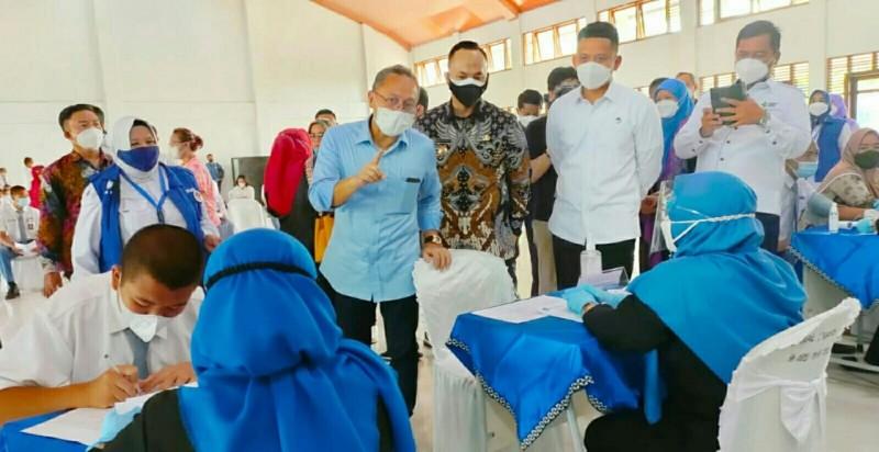 Zulkifli Hasan Kaget Capaian Vaksinasi Covid-19 di Lamsel Rendah